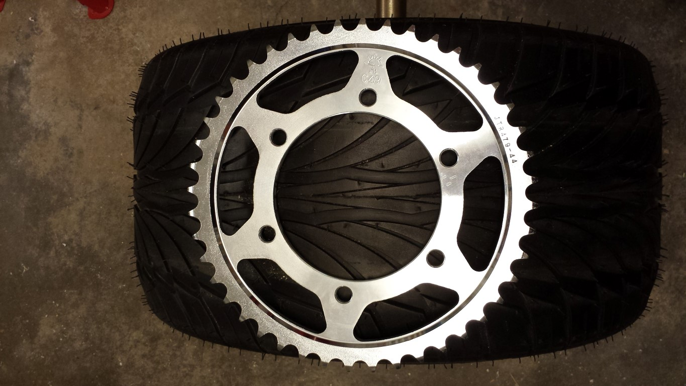 E-Streetquad New adaptor for front sprocket and new rear sprocket