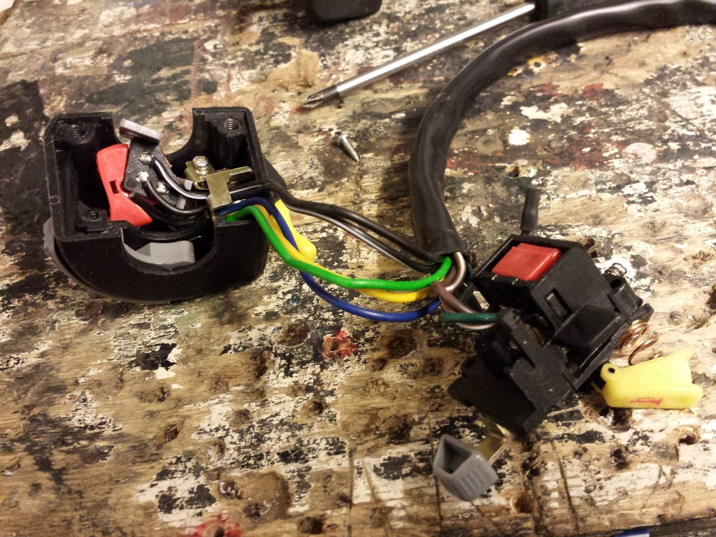 E-Streetquad Started on wire harness with waterproof connectors