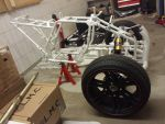 E-Streetquad Wheel hubs, bumper and wheels attached